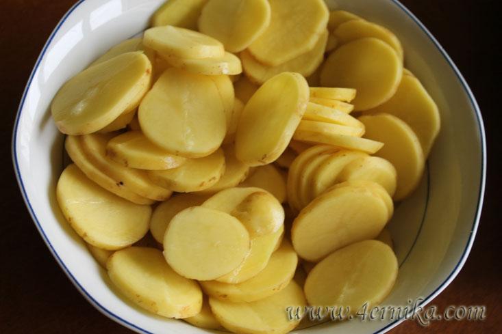 Гратен из молодого картофеля и цуккини