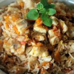 Горячий салат с рыбой и рисом