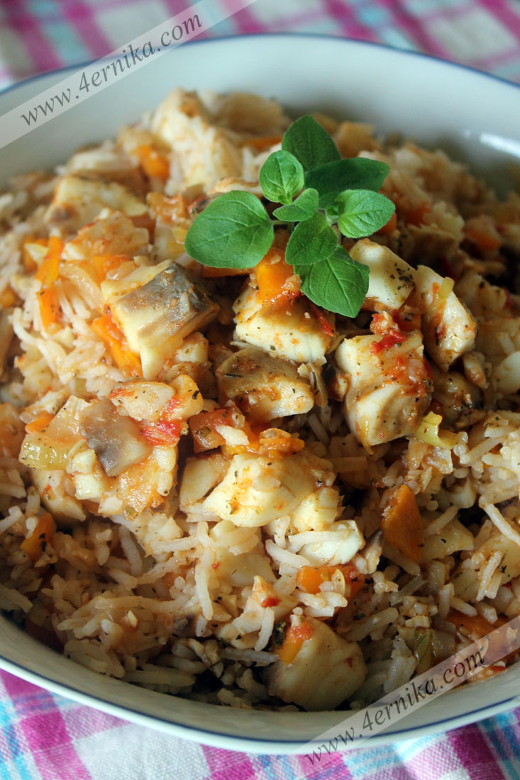 горячий салат с рыбой